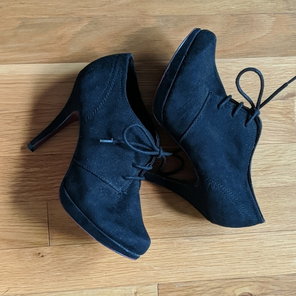 Xappeal Shoes - Black Lace Up Booties
